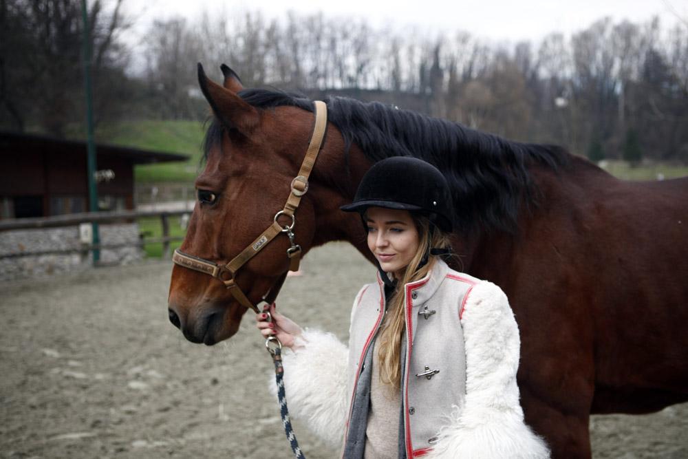 Equitazione come scegliere il cap
