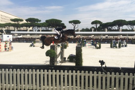 edwina tops alexander con caretina al global champions tour roma