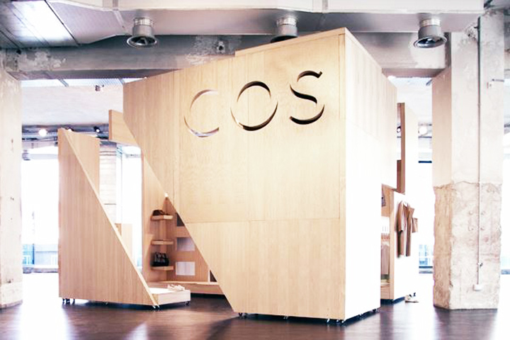 Cos opens soon in Milan
