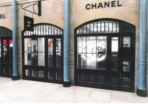 chanel-pop-up-covent-garden-655x461