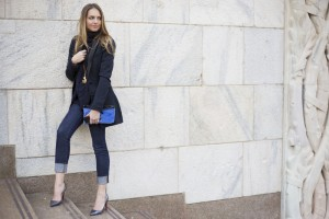 chic blue look