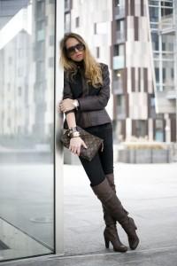 fashion bran&black