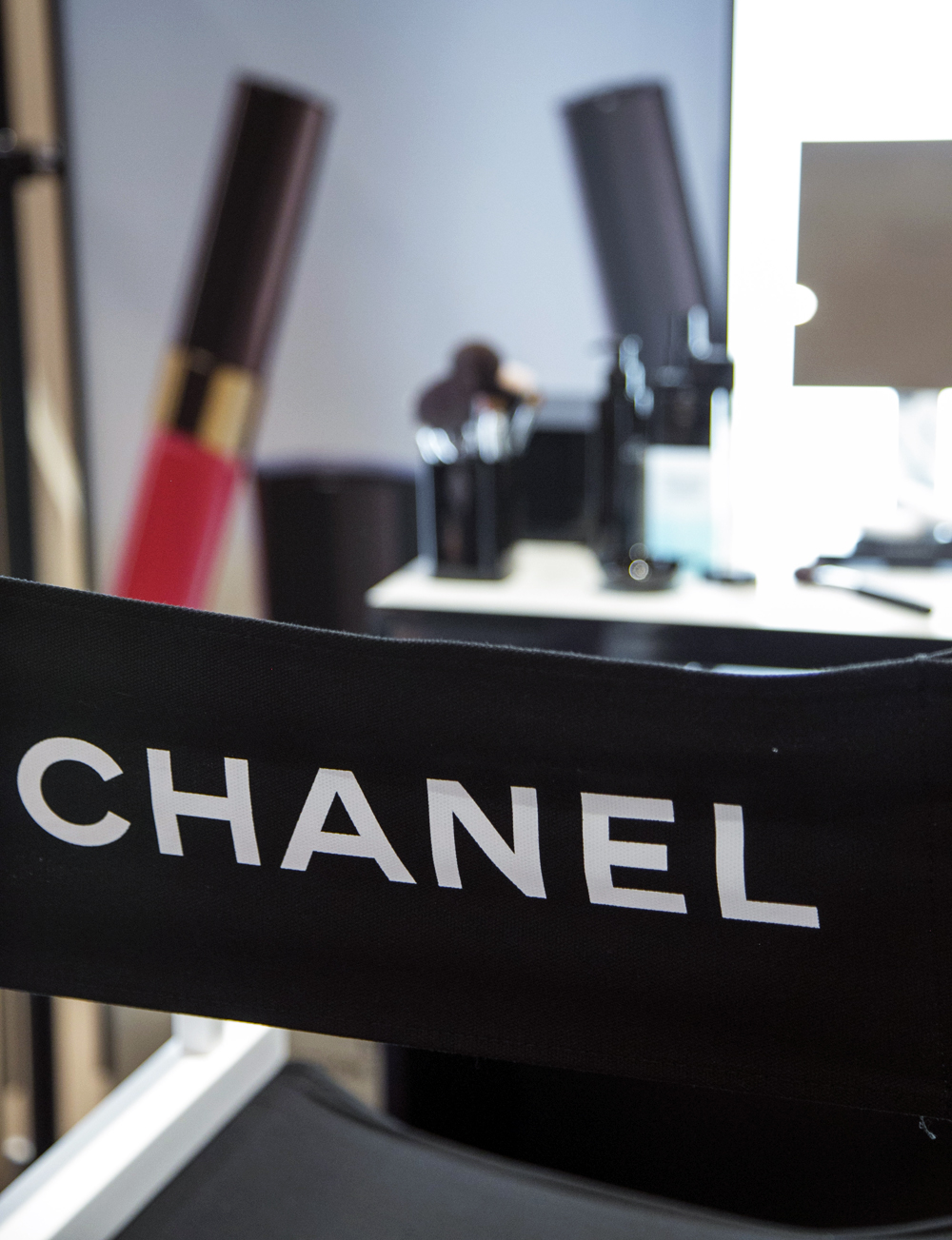 chanel chair