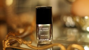 chanel nailpolish vfno2014 sweet star