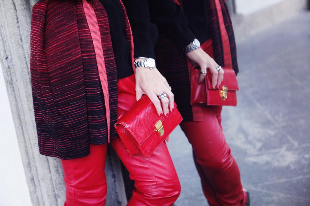 Valentino red pochette
