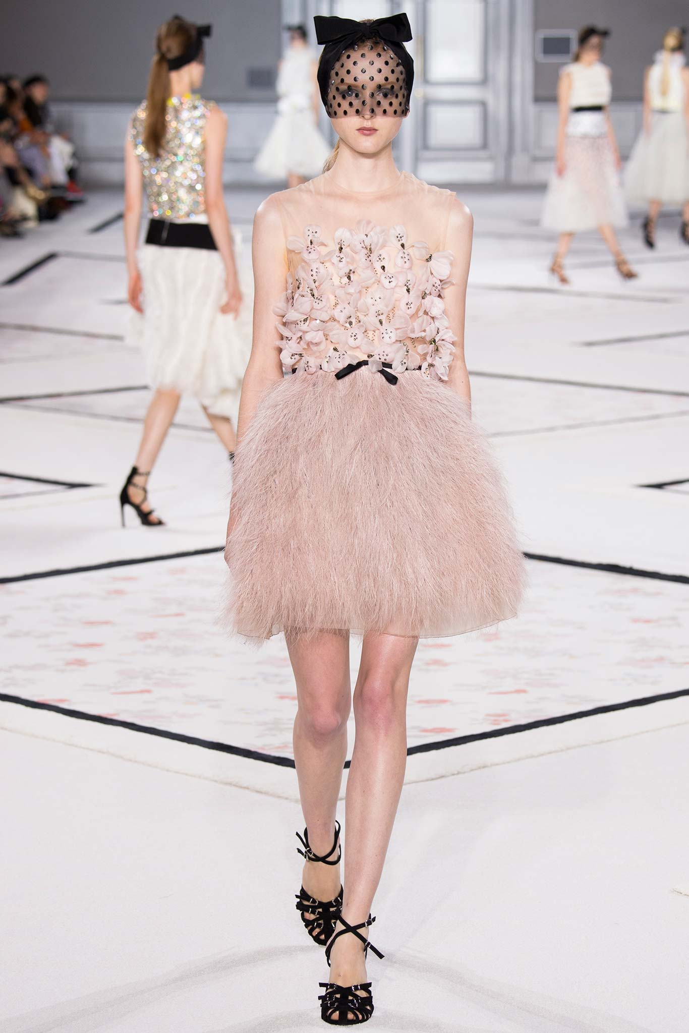Paris haute couture 2015 the ugly truth of v for 2015 haute couture