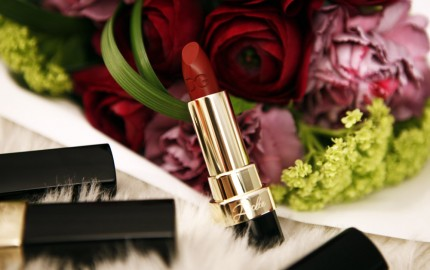 How to wear matte lipstick