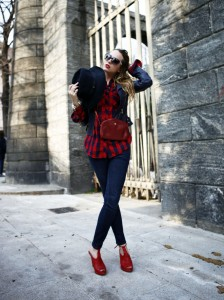 What to wear with a plaid shirt