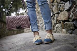 chanel pink boy bag