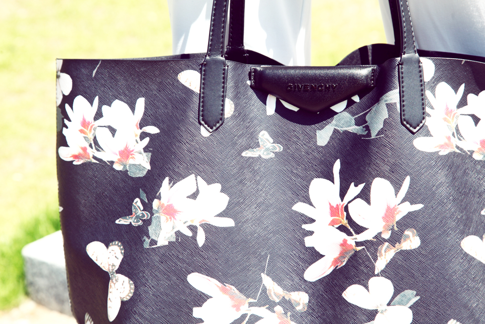 givenchy shopping bag flower and butterflay summer 2015
