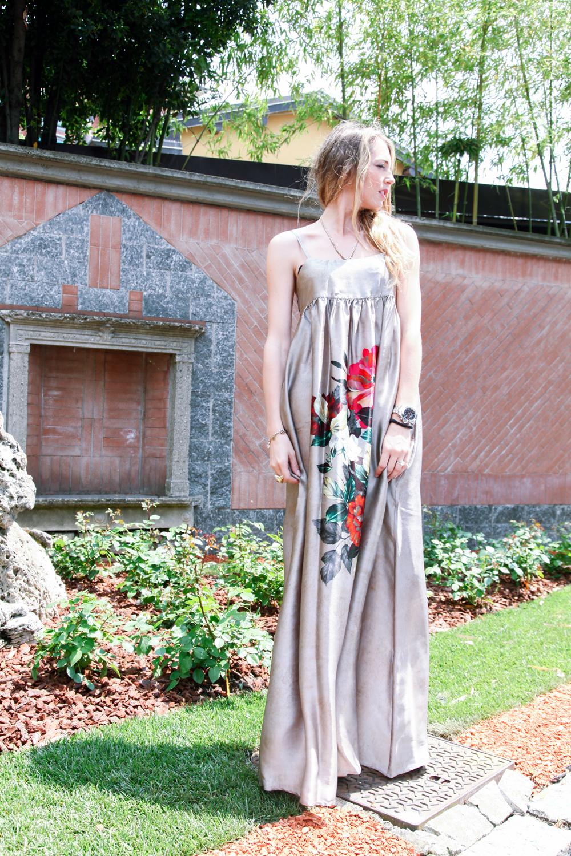 abito lungo di seta per il matrimonio