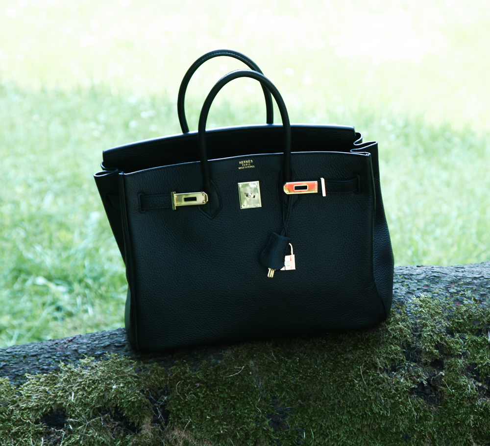 black birkin bag hermes gold details