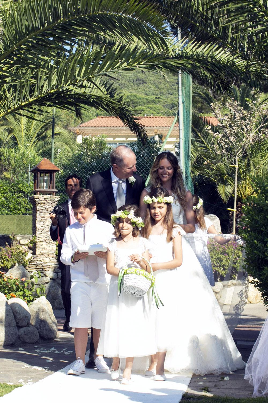 ingresso in chiesa sposa
