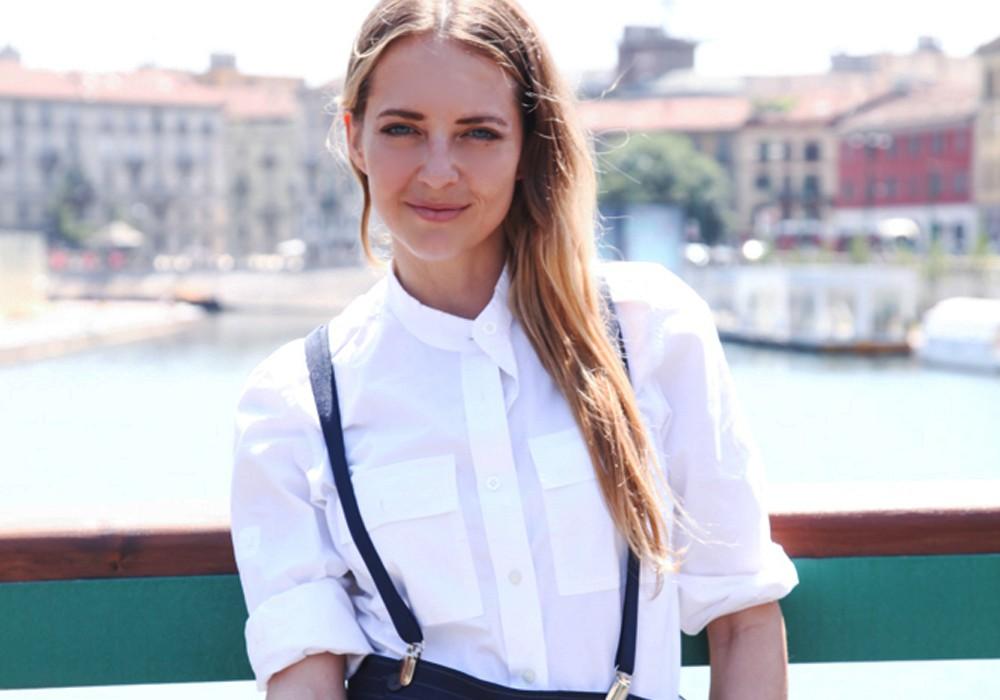 Il ritorno delle bretelle: Come indossarle in modo femminile