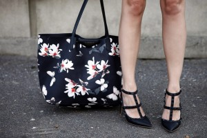 givenchy butterflay bag and valentino black rockstuds