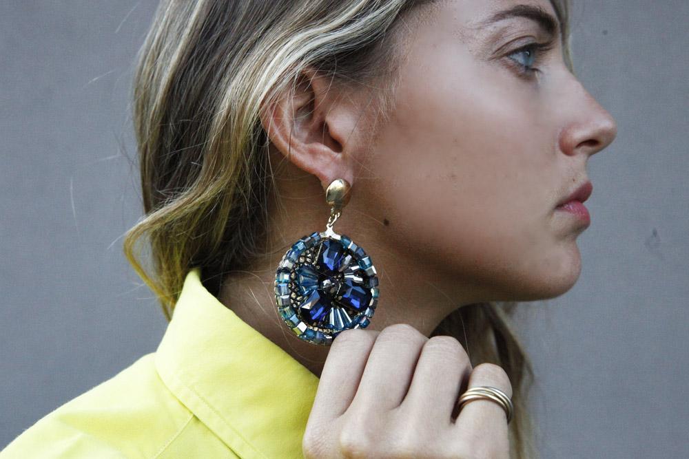 blu earring