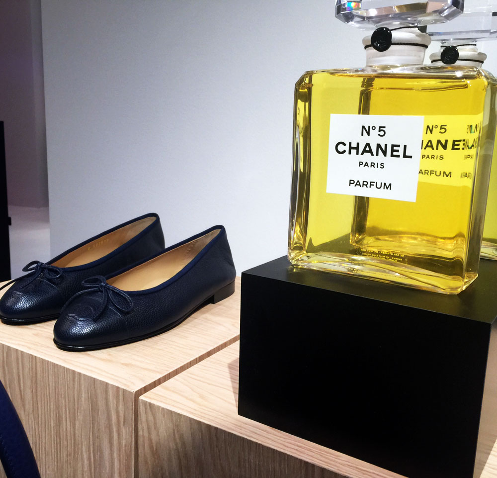 chanel blu ballerinas