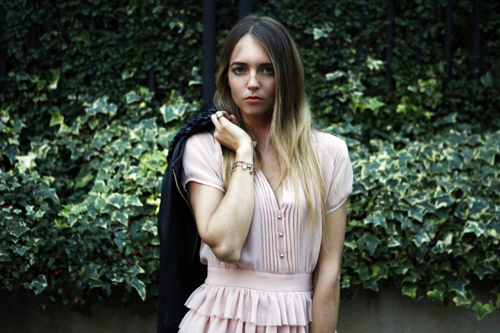 How to rock with a romantic pink dress