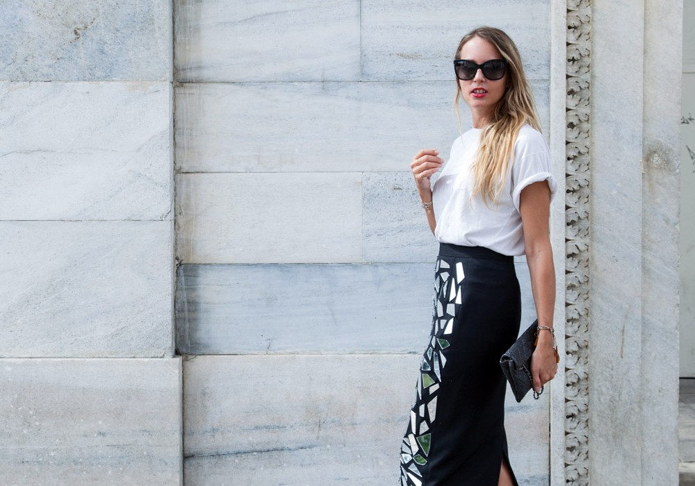 T-shirt and pencil Skirt