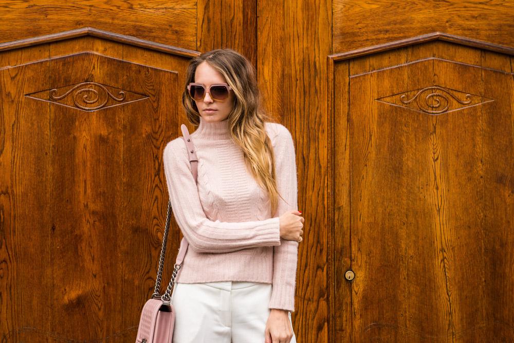 pink light pullover
