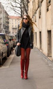 red leggins