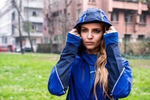 abbigliamento nike per correre sotto la pioggia