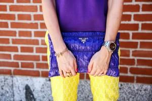 prada-violet-pochette