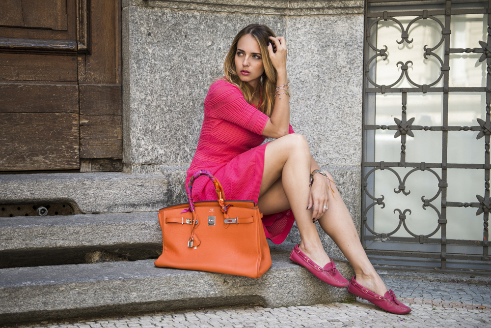 fucsia and orange look