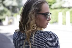 chanel earrings gold