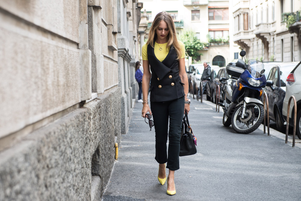 How to style a Yellow and Black look
