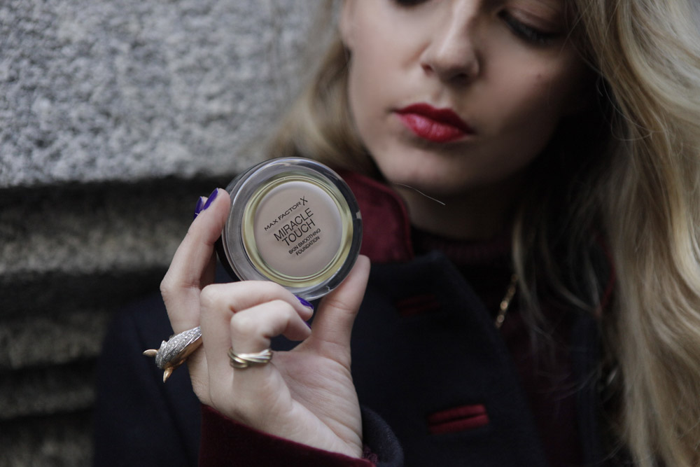 Alla Scoperta di Miracle Touch by Max Factor