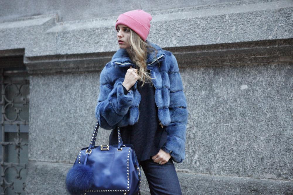how to wear a blu fur in winter