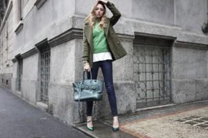 cappotto verde e le sue differenti tonalità