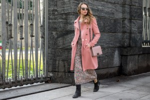 how to style a pink coat